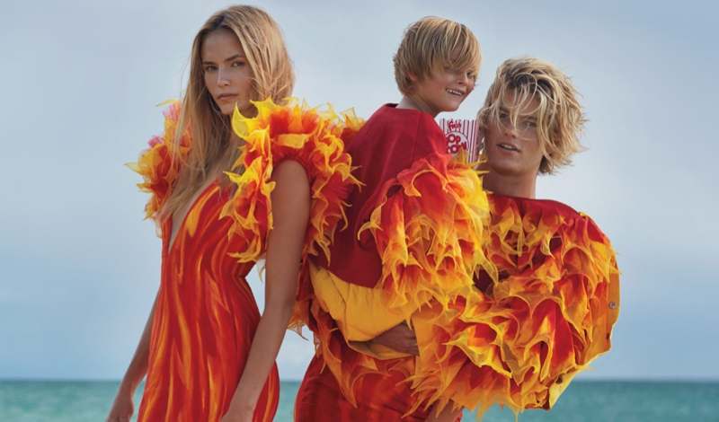 Costumes by Juan Gatti