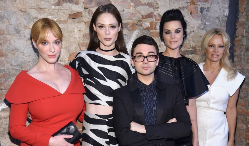 NEW YORK, NY - SEPTEMBER 10:  (L-R) Christina Hendricks, Coco Rocha, Jamie Alexander, Pamela Anderson and Christian Siriano poses backstage at the Christian Siriano fashion show during New York Fashion Week: The Shows at ArtBeam on September 10, 2016 in New York City.  (Photo by Dimitrios Kambouris/Getty Images for New York Fashion Week: The Shows)