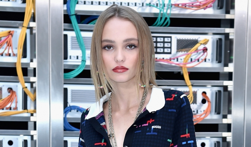 PARIS, FRANCE - OCTOBER 04:  Lily-Rose Depp attends the Chanel show as part of the Paris Fashion Week Womenswear Spring/Summer 2017  on October 4, 2016 in Paris, France.  (Photo by Pascal Le Segretain/Getty Images)