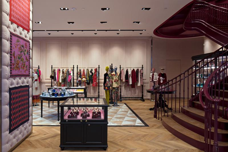 gucci opens in miami 39 s design district just in time for art basel daily front row. Black Bedroom Furniture Sets. Home Design Ideas