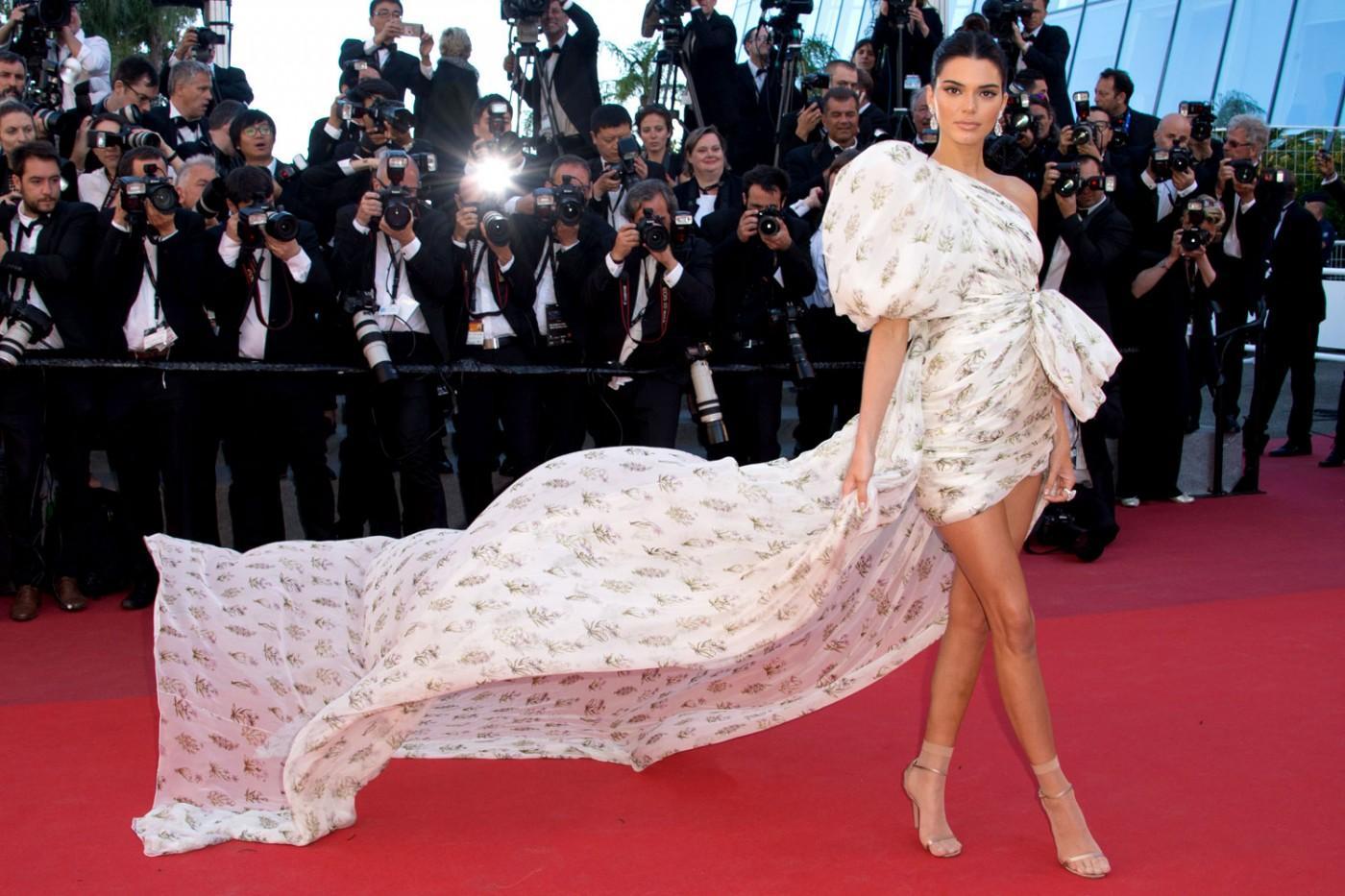 c1affe2c281 Cannes Film Festival Bans Selfies