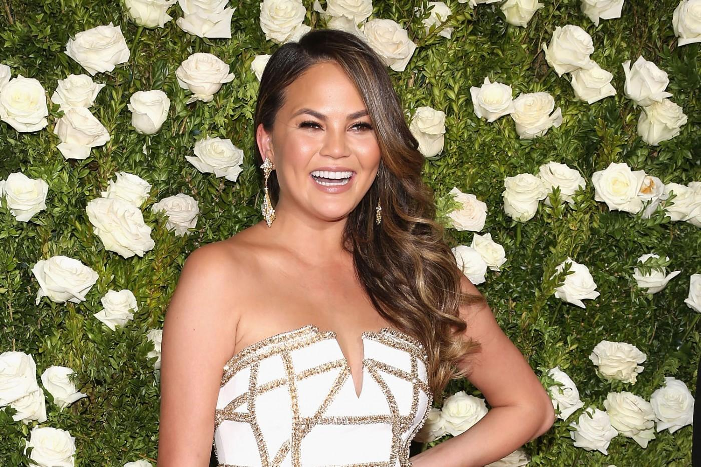 Fans Rally For Chrissy Teigen After Food Writer's Harsh Critique