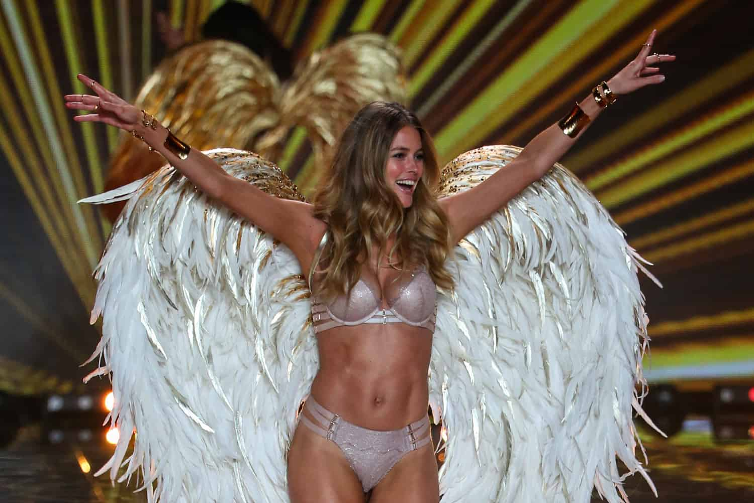 52df534b38 Rejoice! The Victoria s Secret Fashion Show Will be Held in NY