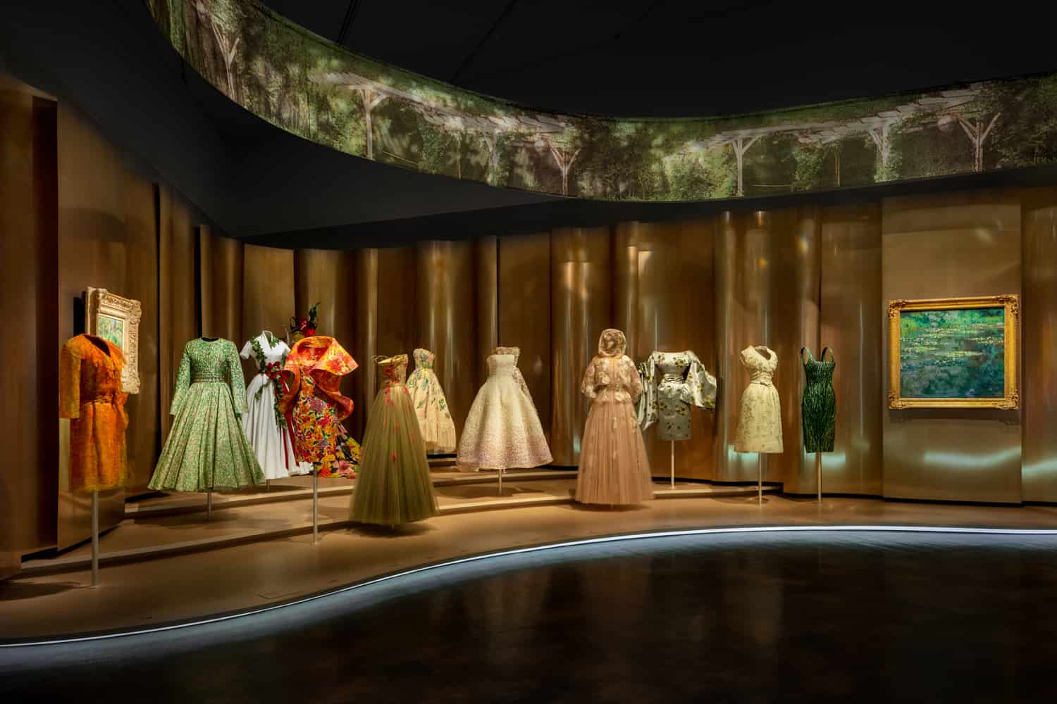 See Stunning Photos From Inside Dior S New Fashion Exhibit