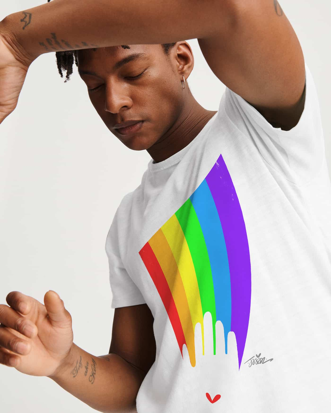 b9f0d4d7f89aa From May 26 to July 6 2019, Gap will donate 15% of sales from the PRIDE  collection to the United Nations Foundation in support of UN Free & Equal.