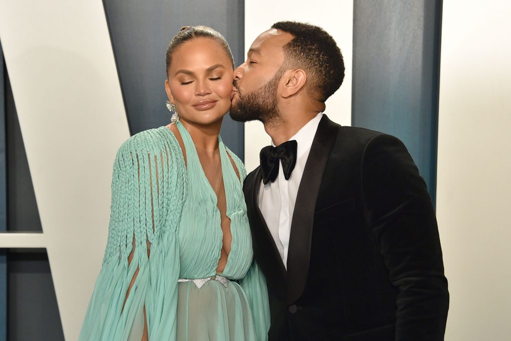 Chrissy Teigen Reveals She's Having Breast Implant Removal Surgery - Daily Front Row